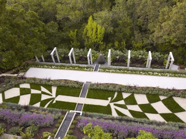 Garden designers roundtable favorite gardens harmony for Terrace garden meaning