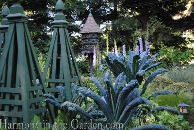 Tuteurs-Freeland Tanner-Garden Designer-Napa-Garden Decor-Bespoke Garden Decor-garden temple-bespoke bird houses-garden art