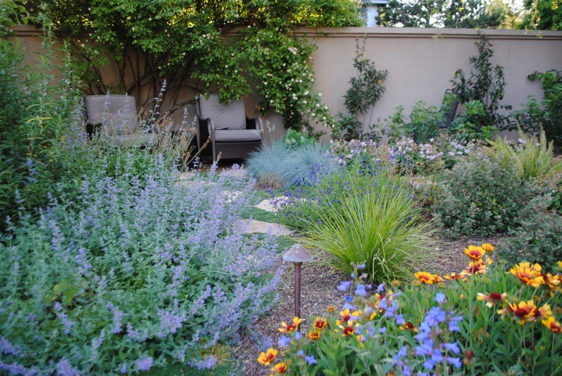 Backyard Stone Pathway